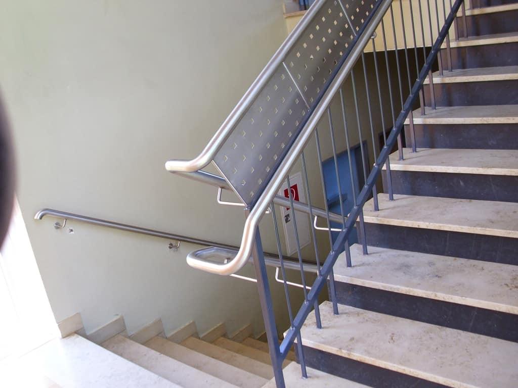 metallbau schmutzler gel nder und treppengel nder aus stahl im innenbereich metallbau schmutzler. Black Bedroom Furniture Sets. Home Design Ideas
