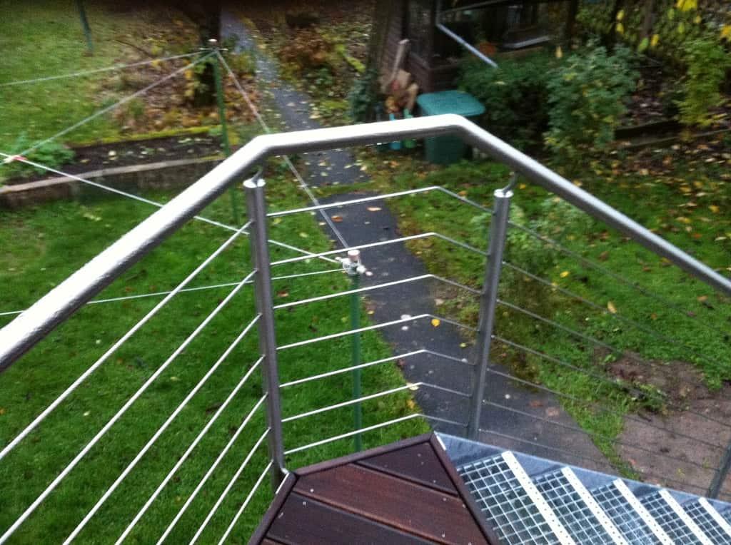 Metallbau Schmutzler_Treppen- und Podestgeländer außen (12)