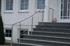 Metallbau Schmutzler_Treppen- und Podestgeländer außen (14)