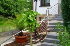 Metallbau Schmutzler_Treppen- und Podestgeländer außen (2)