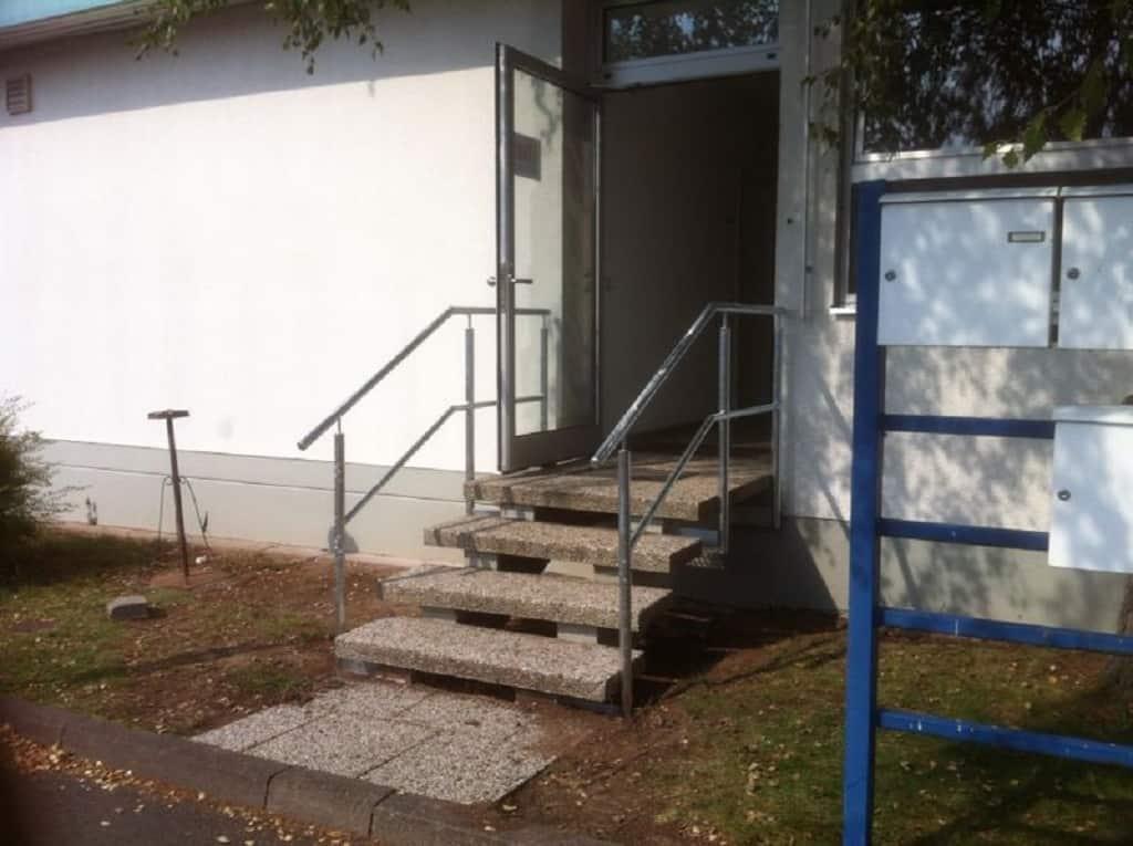 Metallbau Schmutzler_Geländer außen (14)
