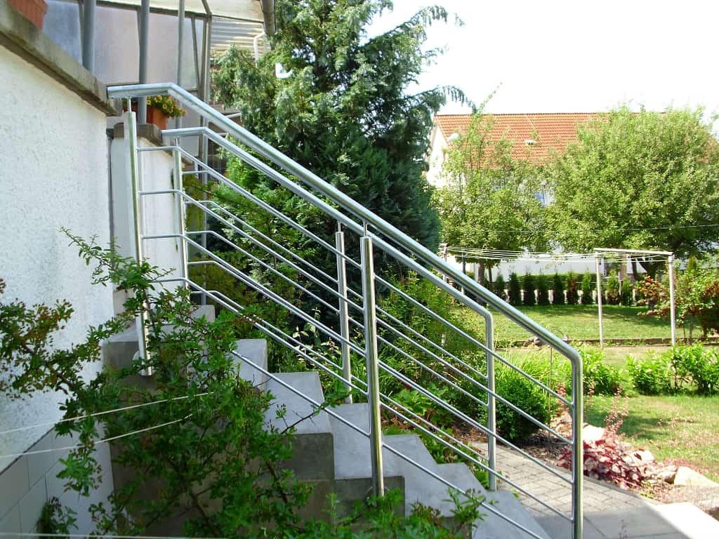 Metallbau Schmutzler_Geländer außen (5)