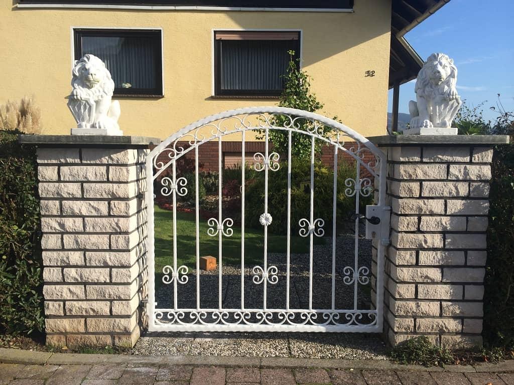 Metallbau Schmutzler_Tore und Türen (6)