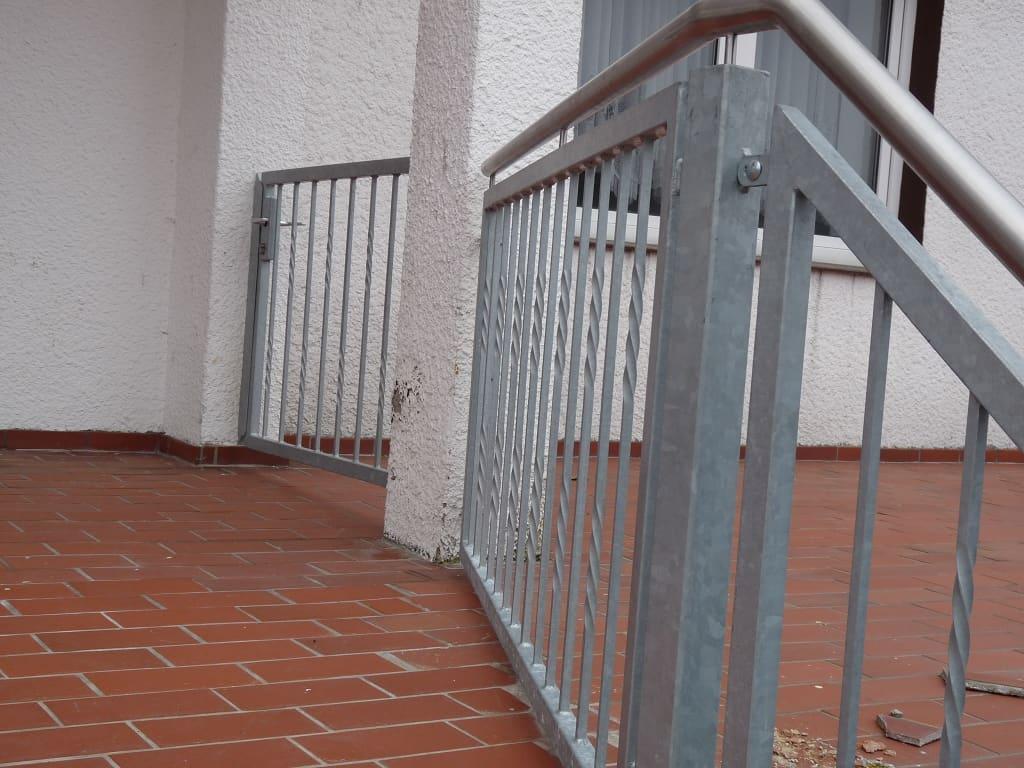 Metallbau Schmutzler_Treppen außen (3)