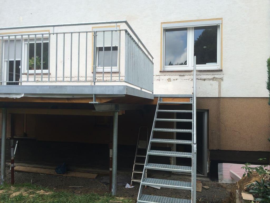 Metallbau Schmutzler_Treppen außen (5)