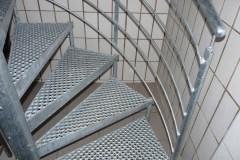 Metallbau Schmutzler_Treppen innen (2)