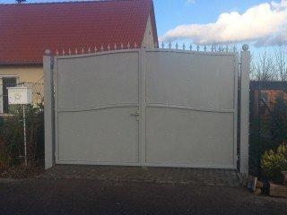 Türen und Tore aus Stahl
